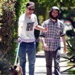 robert-pattinson-con su perro